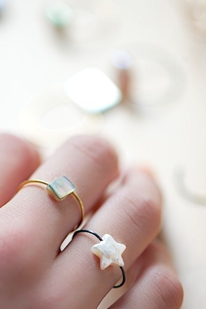 These wire bead rings are cute enough to give as gifts. | The 52 Easiest And Quickest DIY Projects Of All Time: