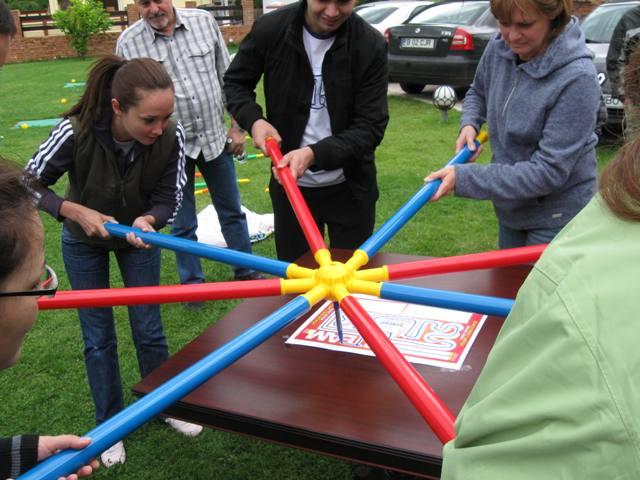 46 Easy Team Building Activities