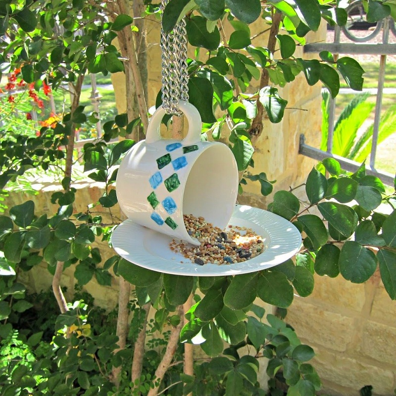16 Homemade Garden Crafts You Will Love