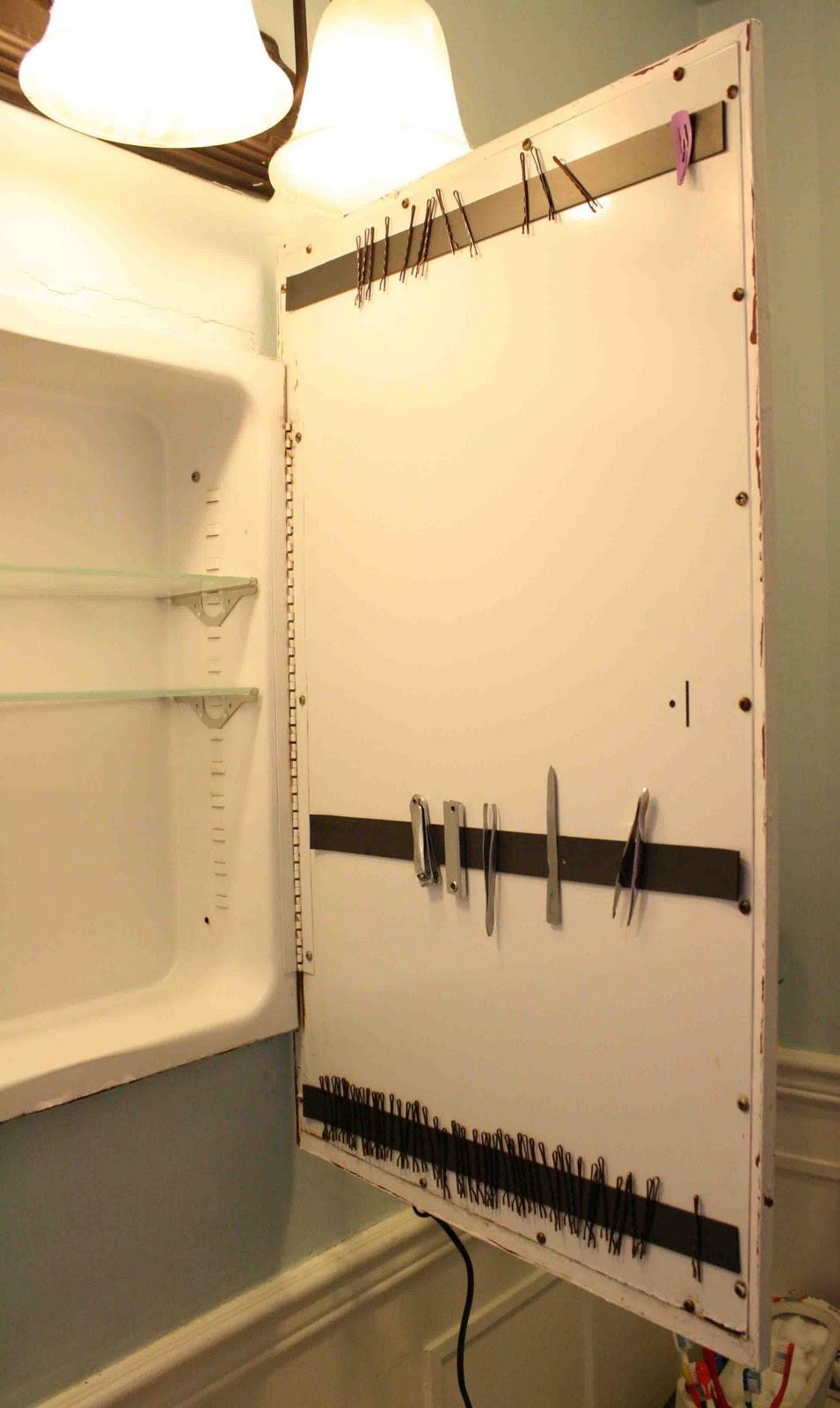 10 Creative And Practical DIY Bathroom Storage Ideas – Page 10 ...