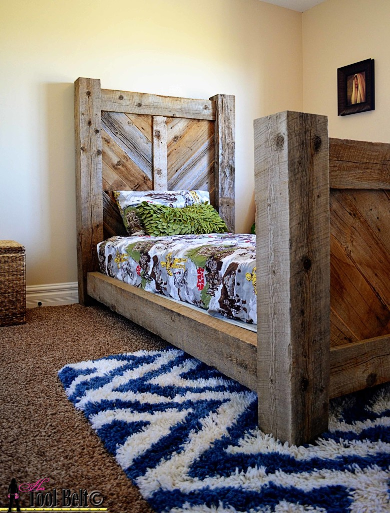 24 DIY Barn Wood Projects and Ideas for The Home