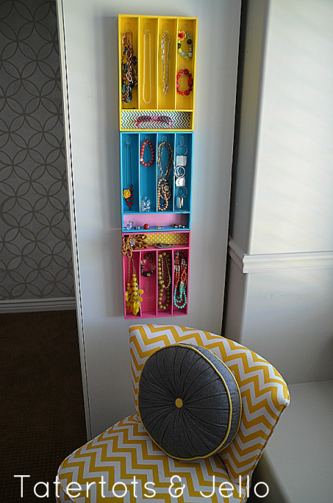 25 Ways To Organize Your Home Using Items You Can Find At The Dollar Store