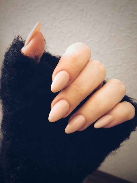 62 Popular and Stylish Almond Nails Designs