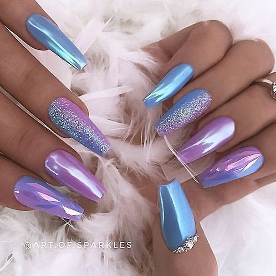 34 Eye-Catching Chrome Nail Art Designs for 2019; #chromenails