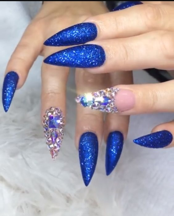 34 Stunning Blue Sparkle Nails Art Designs
