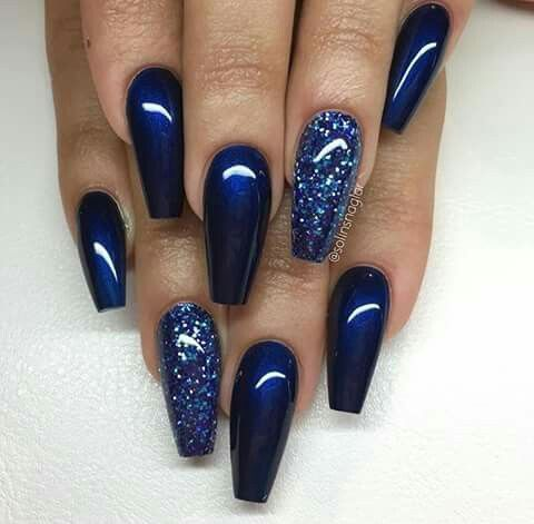 25 Stunning Blue Sparkle Nails Art Designs