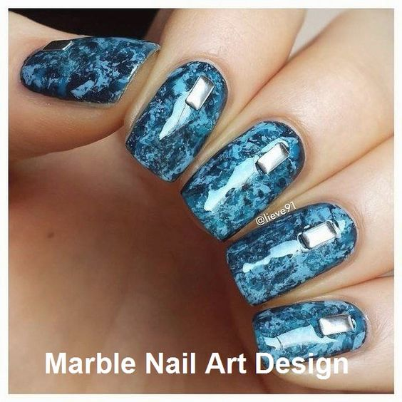 40 Elegant Water Marble Nail Art Designs
