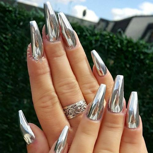 37 Stunning Silver Chrome Nail Art Designs and Ideas