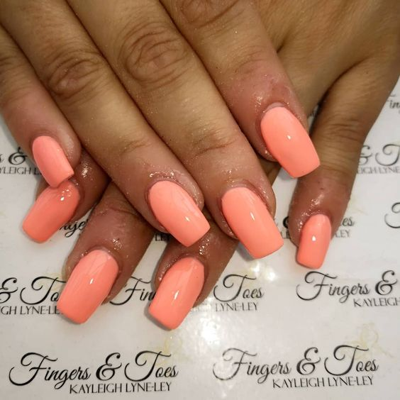 30 Stylish Peach Acrylic Nail Art Designs