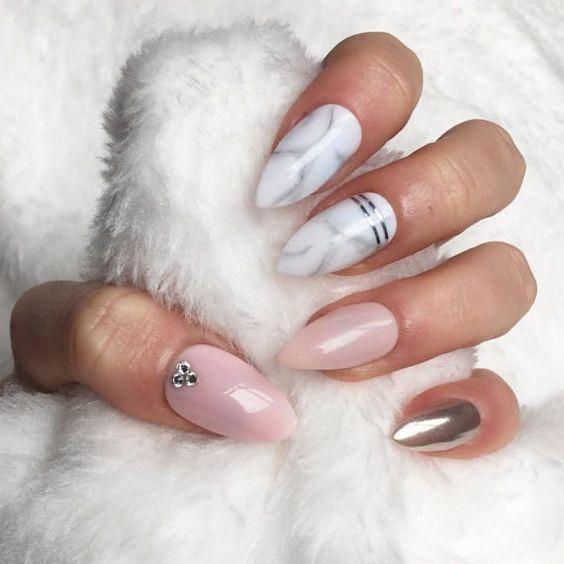 33 Stylish Marble Almond Nail Designs