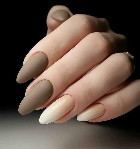 44 Stylish Oval Matte Nail Art Designs