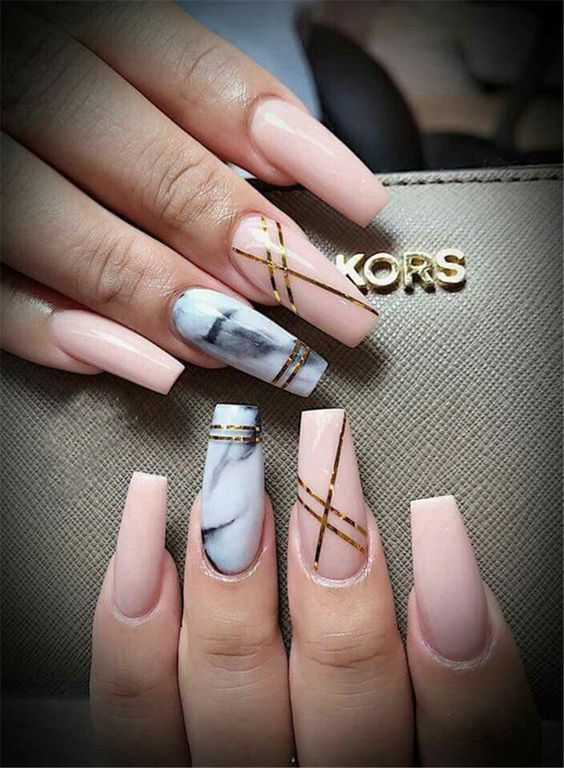 50 Awesome Marble Coffin Nail Designs