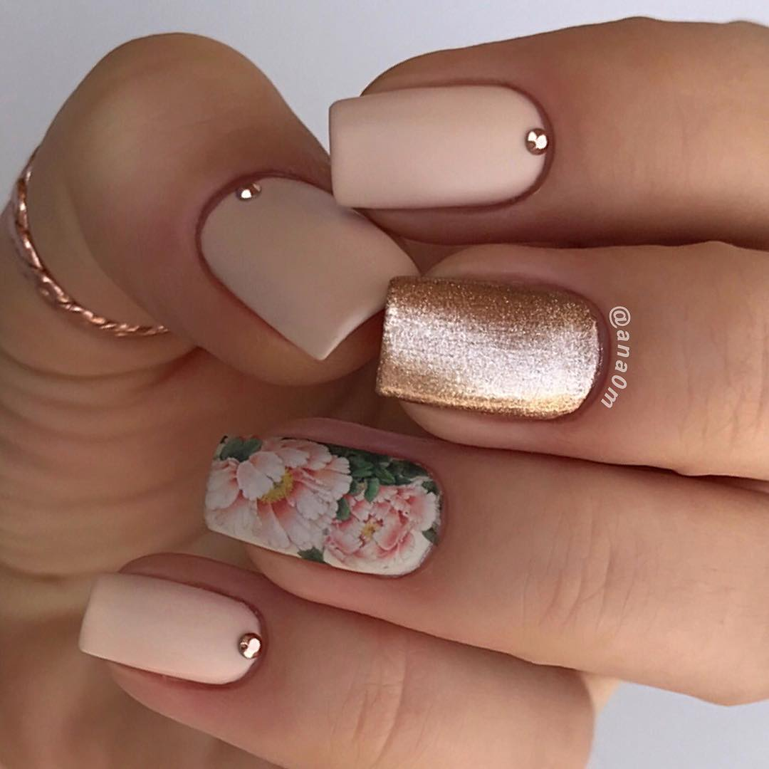 65 Stylish Floral Nail Art Designs