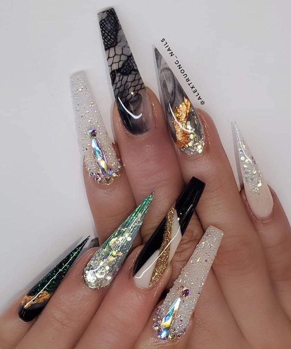 46 Pretty Stiletto Coffin Nail Art Designs