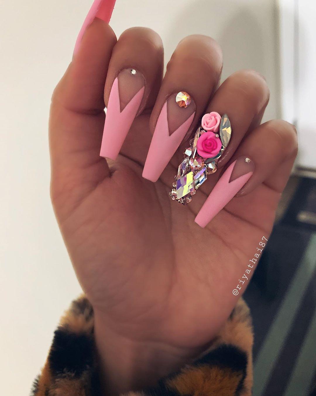 65 Pretty 3D Flower Nail Art Designs