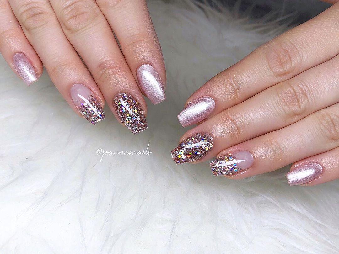 54 Pretty Glitter Acrylic Nail Designs