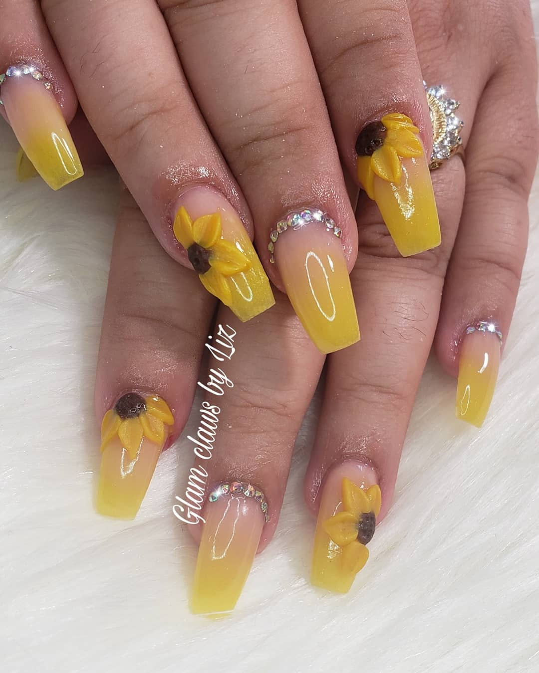 50 Amazing Sunflower Nail Designs For Summer
