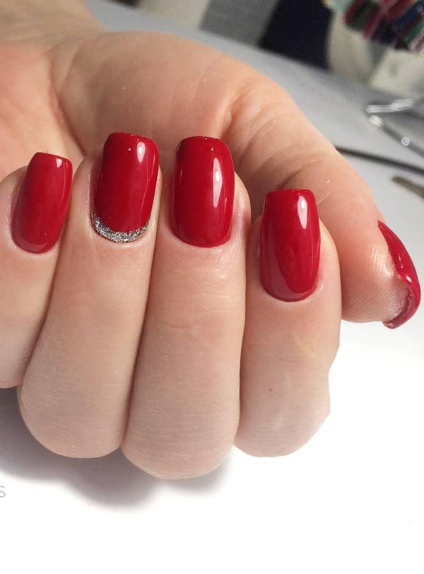 45 Stunning Red Nail Designs You Ll Love To Try Page 15 Tiger Feng
