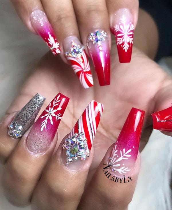 60 Festive Christmas Nail Art Designs & Ideas for 2020