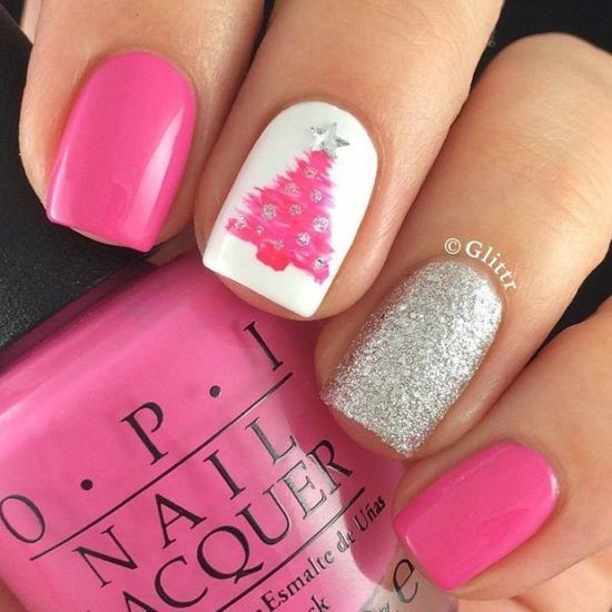 50 Festive Christmas Tree Nail Art Designs for Holiday