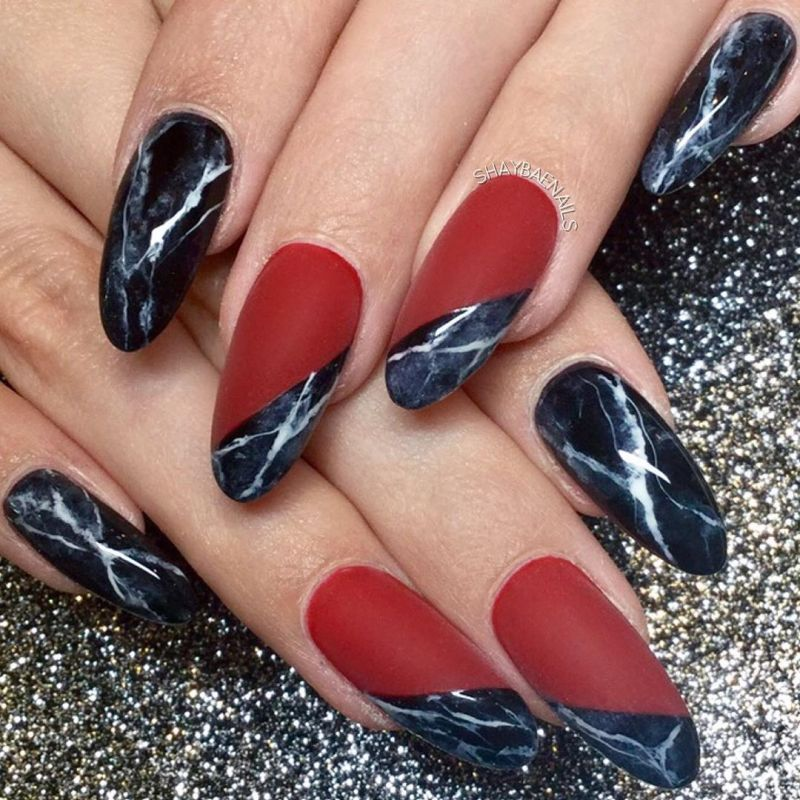 50 Trendy Black Marble Nails You Must Try
