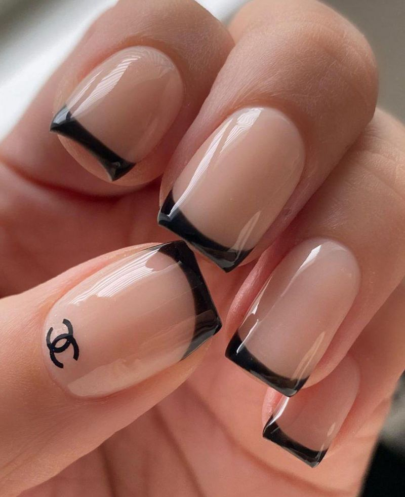 50 Pretty Black French Tip Nails You Must Try Page 10 Tiger Feng